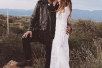 12 all-black rock groom's look with a leather jacket