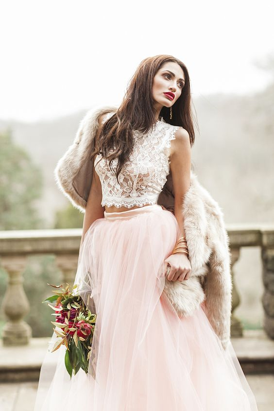 31 ideas to pull off a sexy wedding dress weddingomania for Wedding dress skirt and top