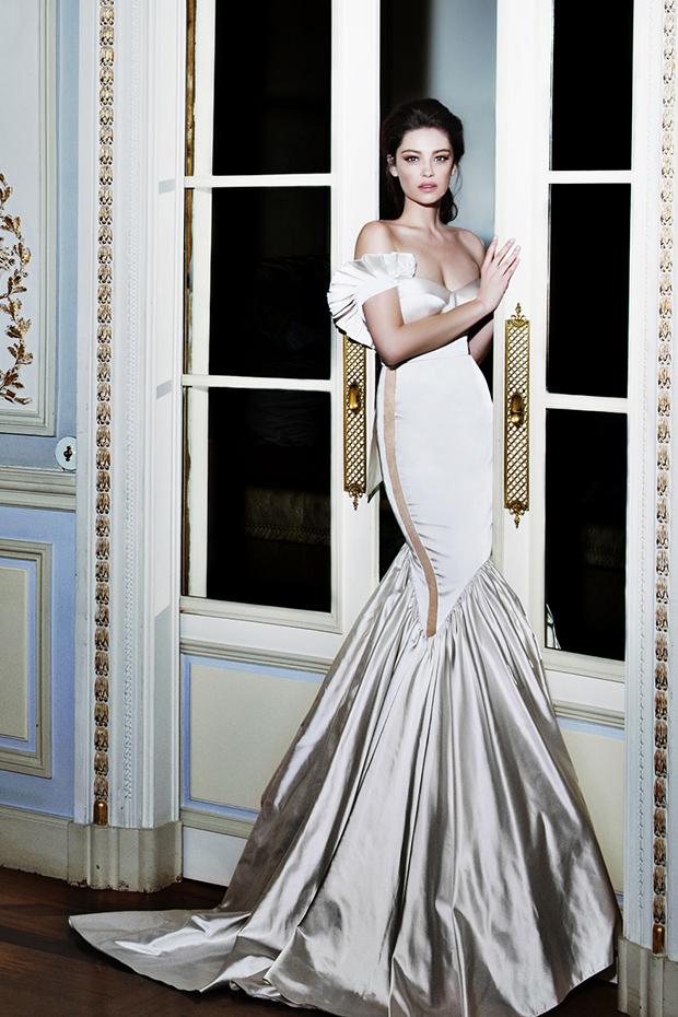 Trendy off the shoulder meramid dress of silk