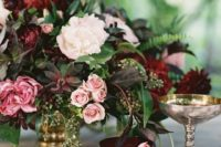 22 elegant marsala and blush tablescape with gold touches