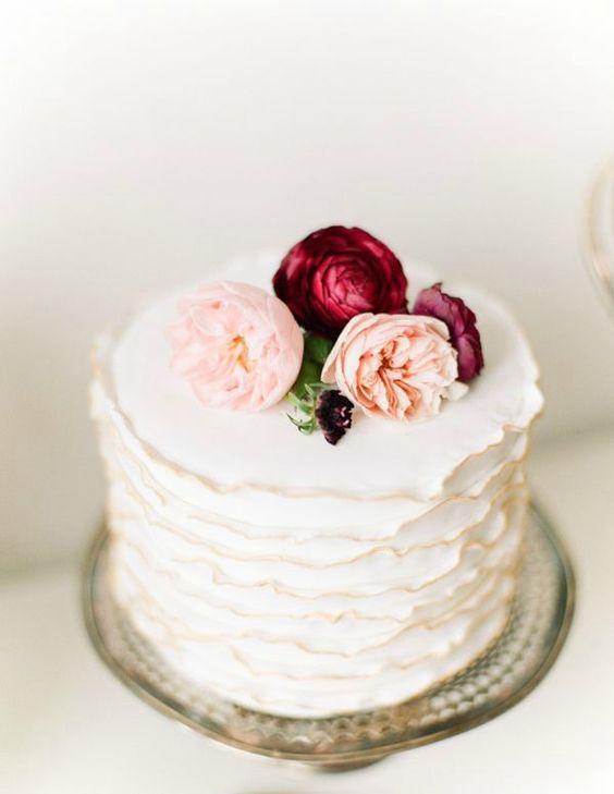 28 Refined Burgundy And Blush Wedding Ideas