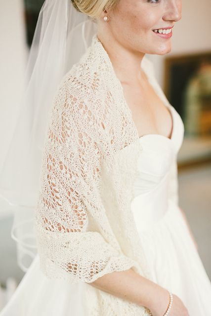 34 Trendy Fall Wedding Coverups To Rock photo