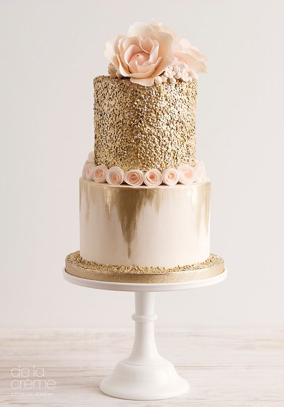 gold glitter cake with blush flowers
