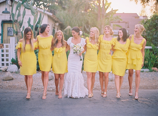 70f8a161804d93 20 Eye-Catching Yellow Bridesmaid Dress Ideas - Weddingomania