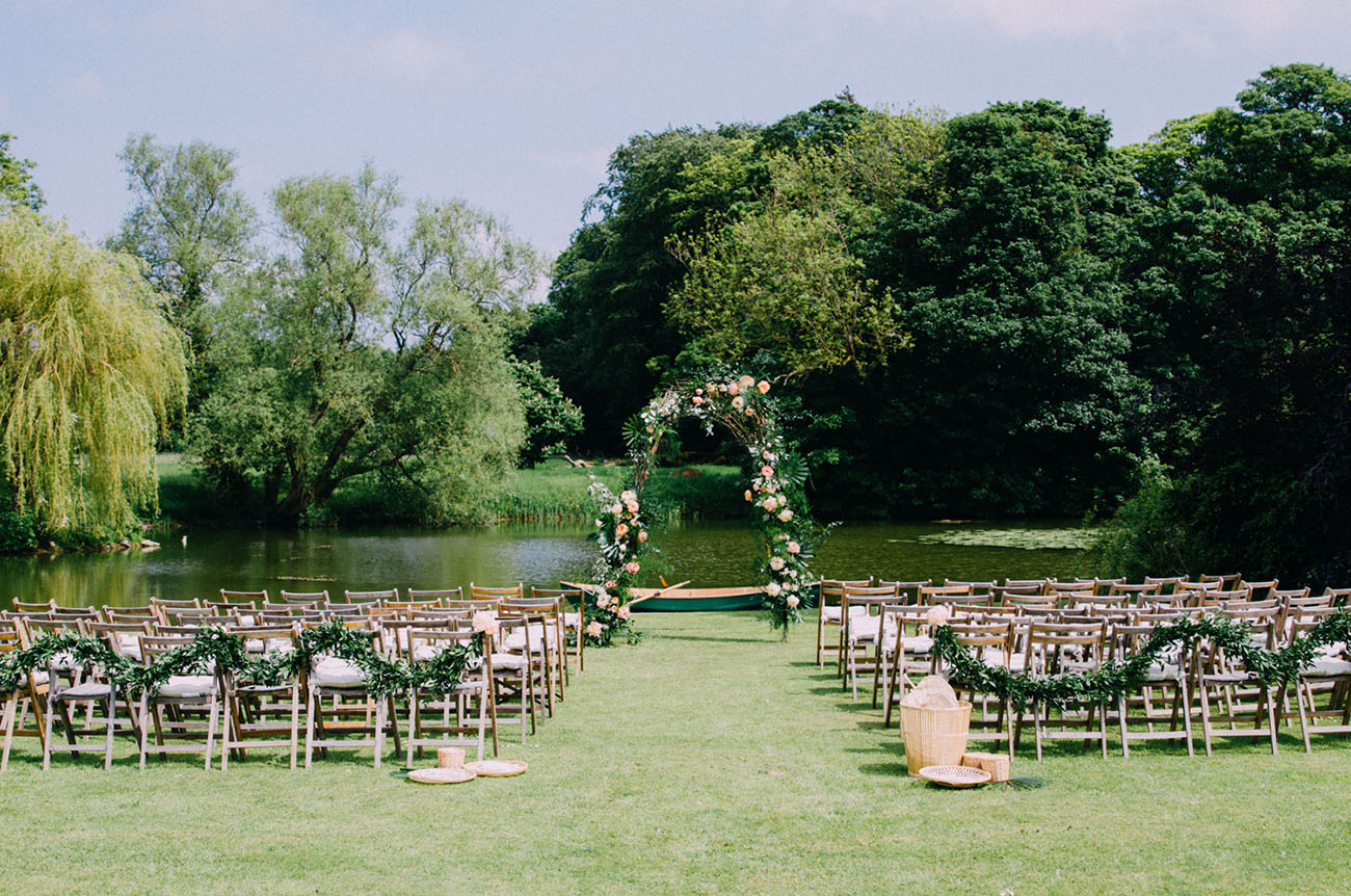 Picture Of Amazing Tropical Inspired Wedding In The English Countryside 6