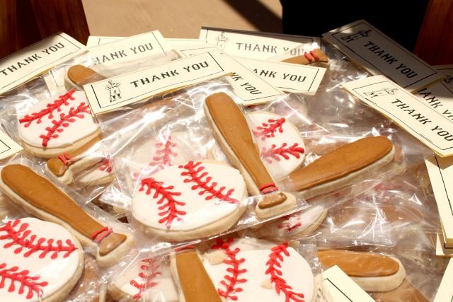 Baseball Wedding Gifts: 21 Funny Baseball Wedding Theme Ideas