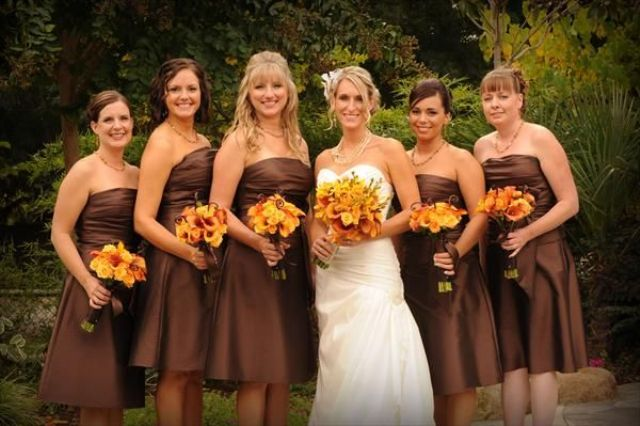 Brown knee-length dresses for fall weddings