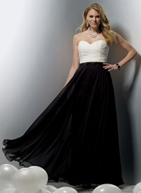 Chic white and black maxi dress