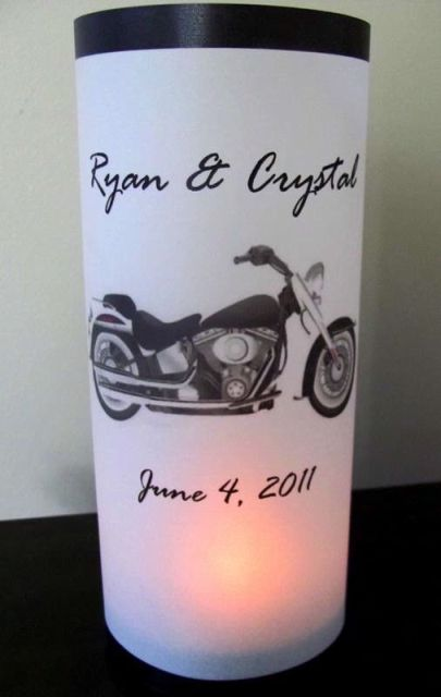 Cool idea of lamp with bride and groom names and wedding date