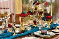 Elegant table centerpiece with gold decor details