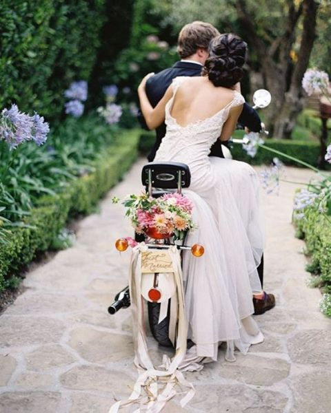 20 Cool Motorcycle Themed Wedding Ideas