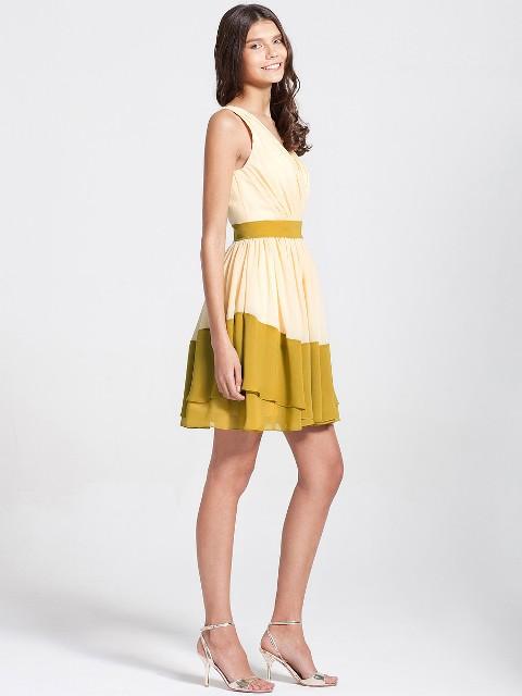 Girlish mini dress with heels