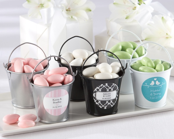 Original wedding favors with candies
