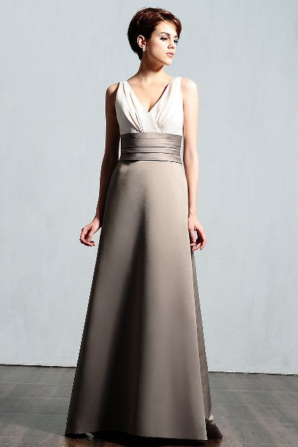 V neckline maxi dress idea