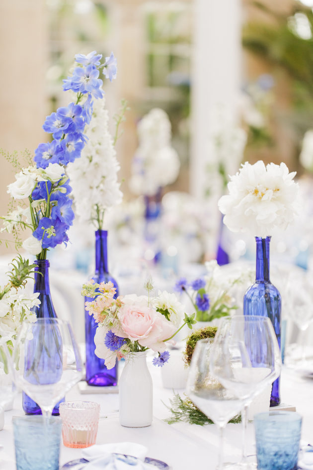 Picture Of elegant blue china manor house wedding  14