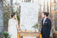 01 This early fall elopement shoot is rustic, modern and chic
