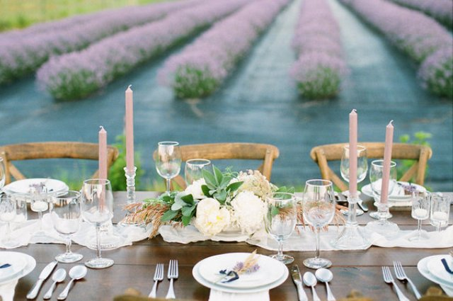 The wedding table was a Provence styled one, effortlessly elegant and chic