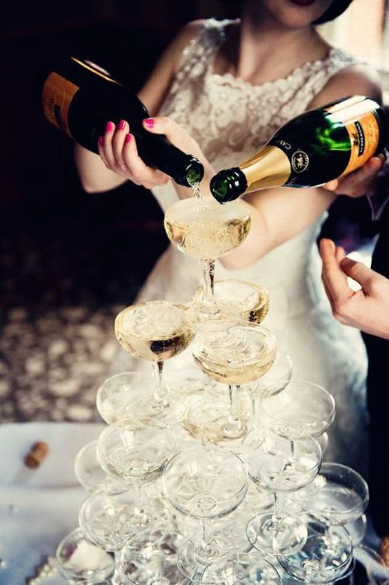 champagne glasses tower is a must have for a New Year wedding