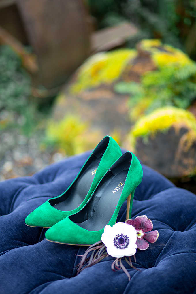 The bride was rocking gorgeous emerald suede shoes