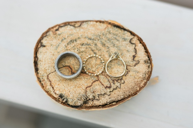 Wood slices are a budget-friendly idea for rustic weddings