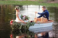 07 A boat can be used for leaving the ceremony place or exit