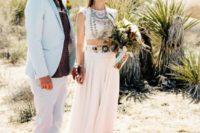 desert groom's look