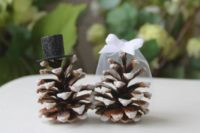 07 snowy pinecone cake toppers are a fine alternative to usual ones