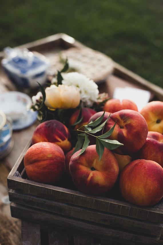 Peaches are a symbol of Georgia, so they were included into decor
