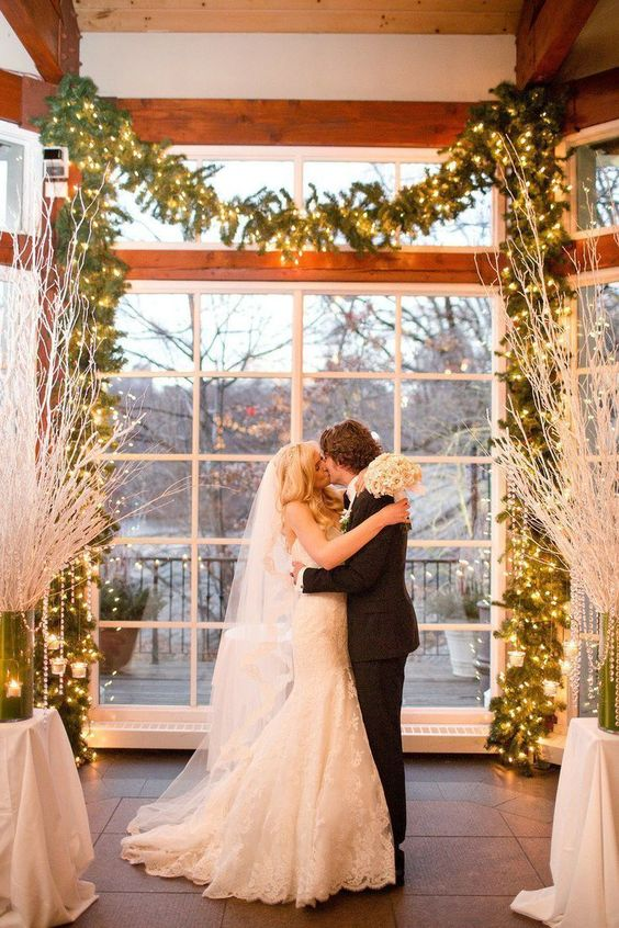 30 Winter Wedding Arches And Altars To Get Inspired ...