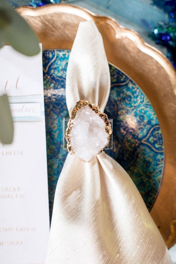 white crystal with a gold edge napkin ring can be DIYed