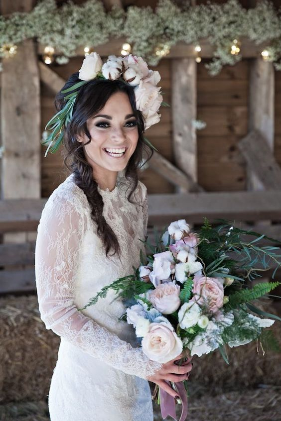 Cozy Time Thirteen Lust Worthy Fireplaces: 32 Winter Bridal Crowns That Will Make Your Look Gorgeous