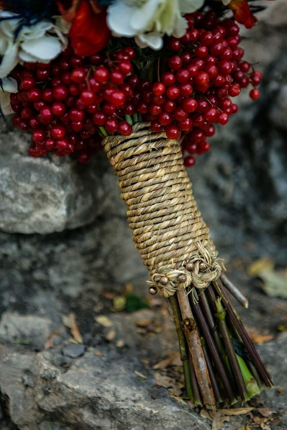 decorate your bouquet wrap with cranberries