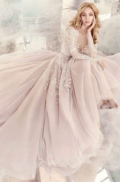 Blush Wedding Dress With White Lace To Stand Out In Pale Winter Shades