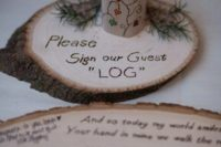 19 guest book on wood slices in a budget-friendly and original idea