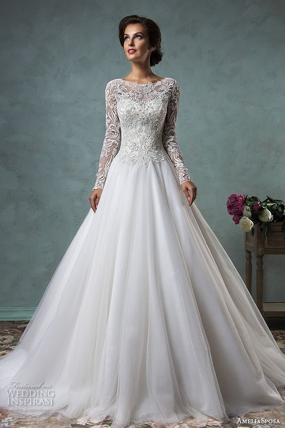 V Neck Long Sleeve Wedding Dress
