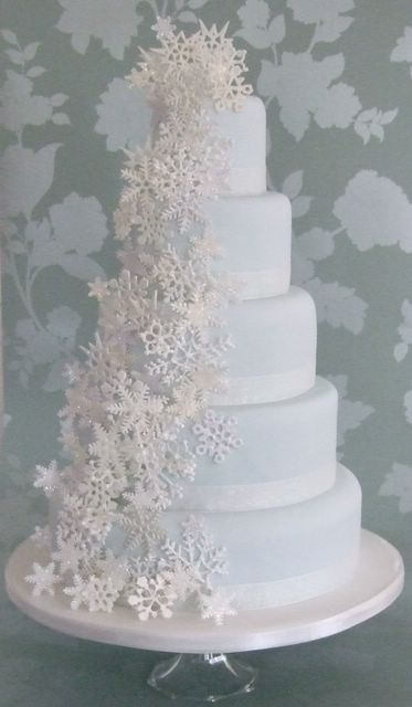 all-white snowflake wedding cake