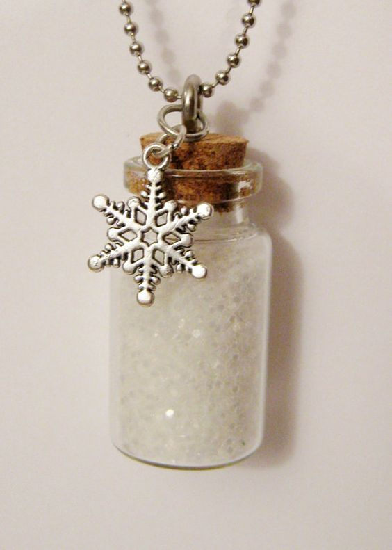 faux snow and snowflakes necklaces for your bridesmaids