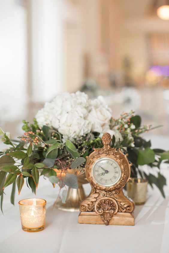 vintage gilded clocks for every table