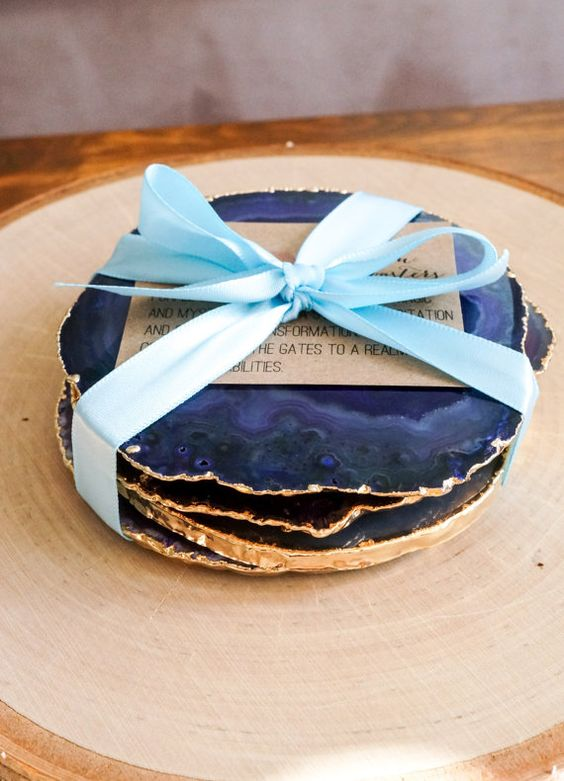 gilded edge agate coasters are an awesome wedding favor