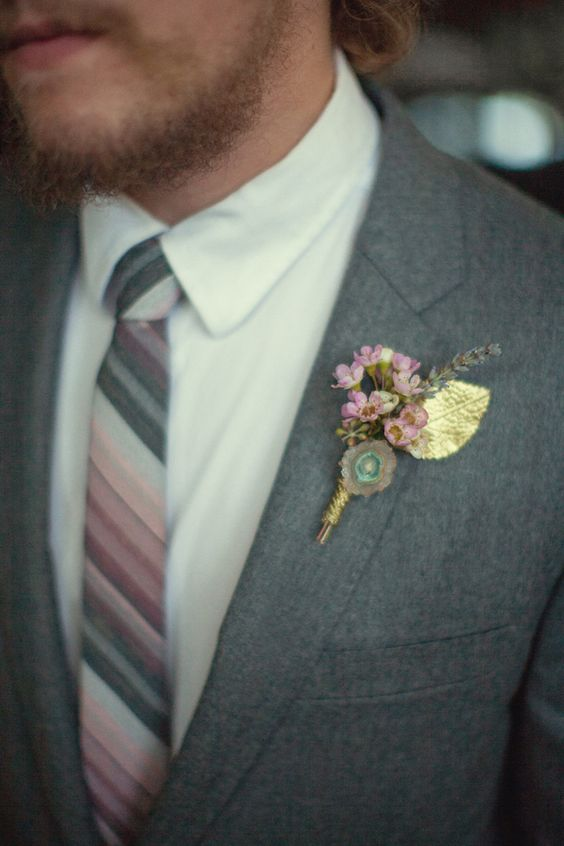 little agate boutonniere with pink flowers