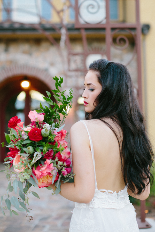 Spanish Wedding Inspirational Shoot With Vibrant Decor