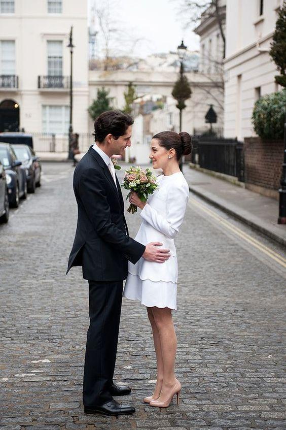38 city hall bridal looks that inspire weddingomania for Valentino short wedding dress