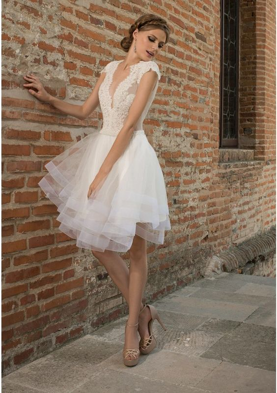 A Line Knee Length Wedding Dress With Plunging Neckline And Tulle Skirt