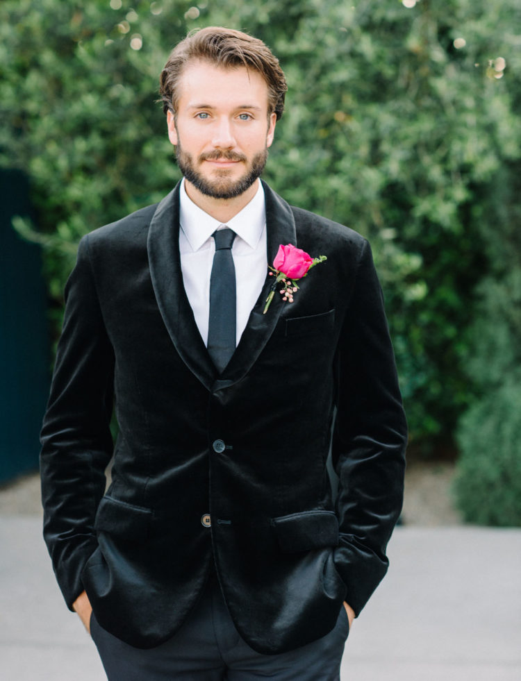 The groom was wearing a velvet jacket, it's a great idea for chilly fall and winter days