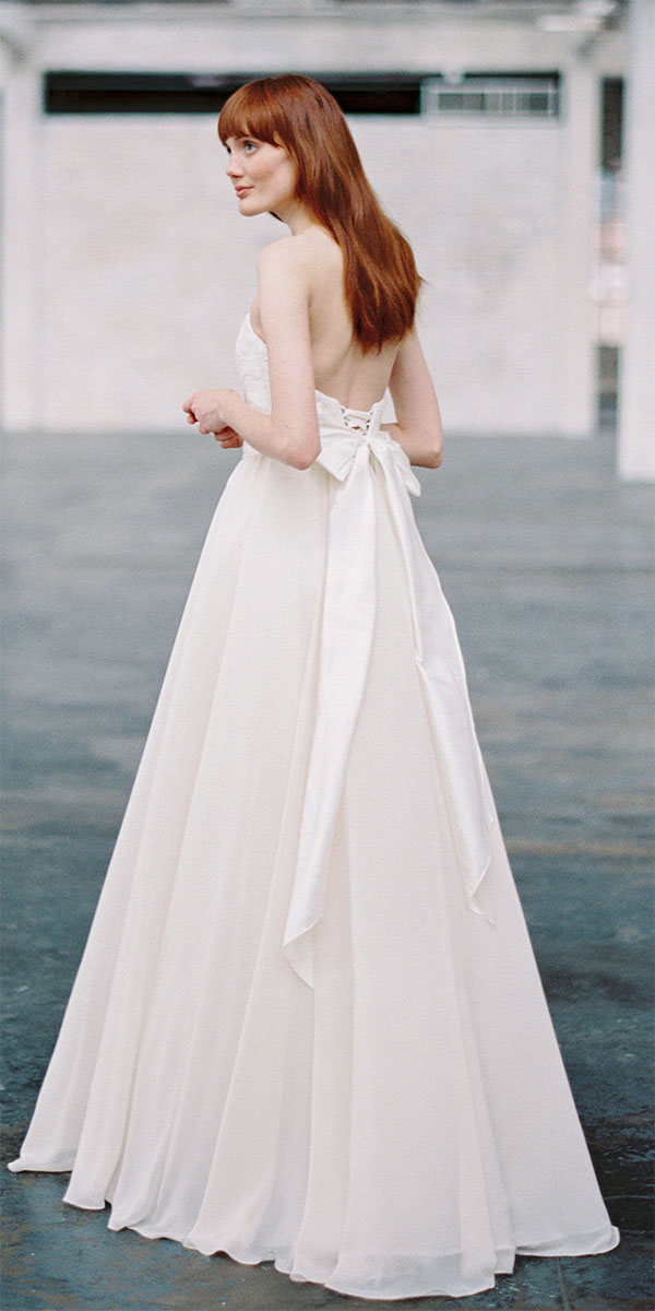 backless wedding dresses with bow