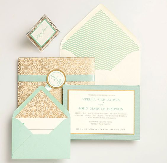 patterned mint stationery with gold detailing
