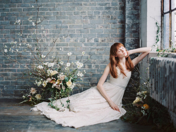these wedding dresses are adorable, subtle and beautiful, these are perfect ones for the spring and summer