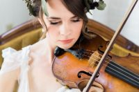 09 The bride brought her own 100-year-old violin for the shoot