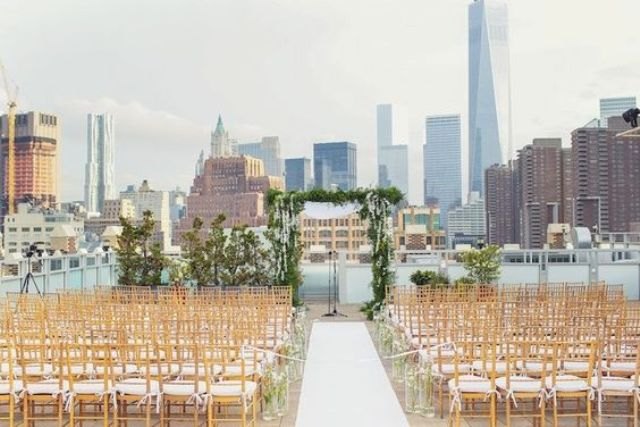 garden-inspired New York rooftop aisle