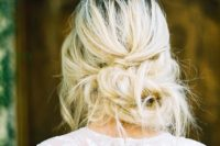 16 very messy updo with a twist